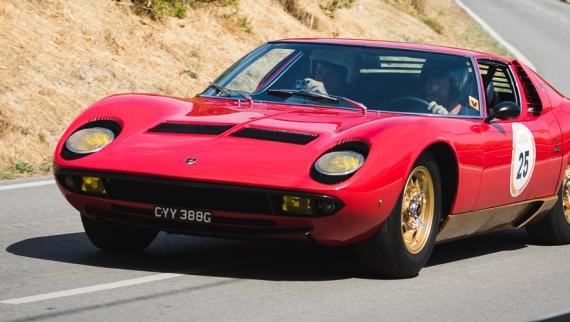 Mais de 100 automóveis alinham na Rampa Histórica Michelin